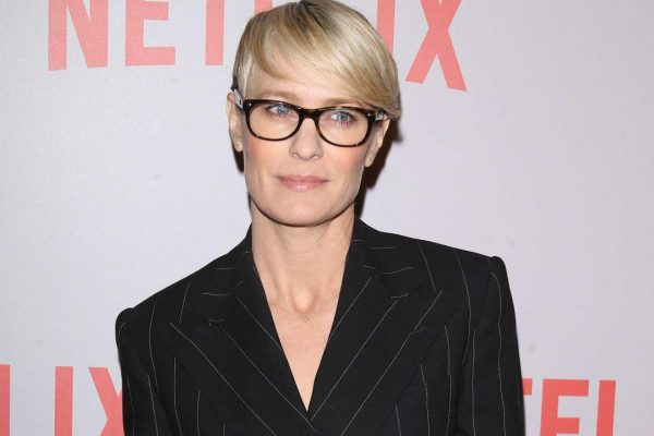 reasons claire underwood is my fashion icon
